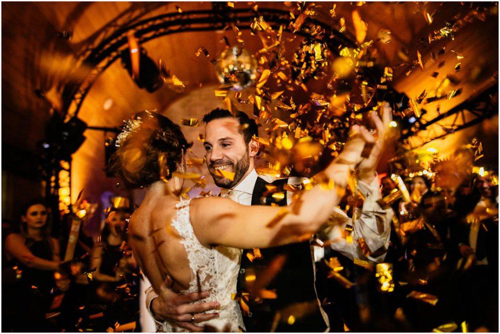 Jasmin und Gonzalo Castro beim Hochzeitstanz während der Hochzeitsreportage